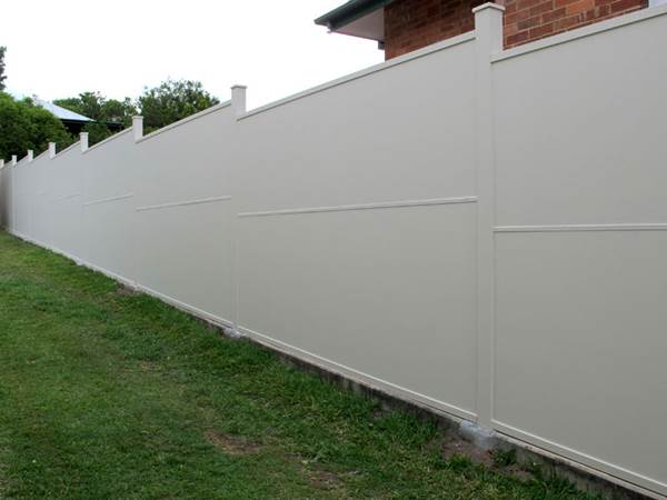 Noise Reduction and Other Benefits of Acoustic Fences 1